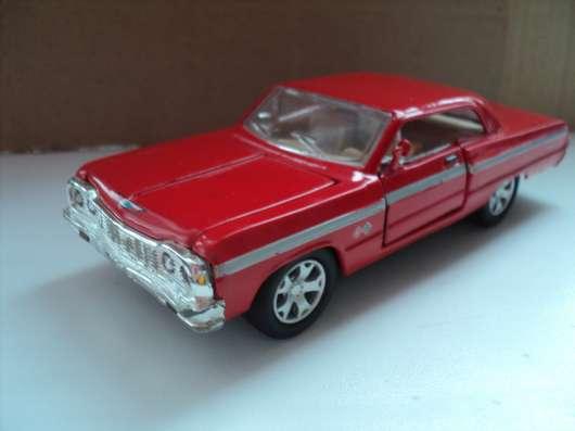 Масштабная модель автомобиля CHEVROLET