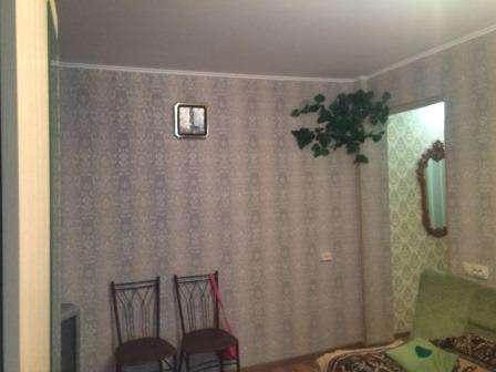 В Кропоткине по ул. Б.Хмельницкого 2-комнатная квартира 44,5