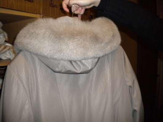 Пальто с песцовым капюшоном и рукавами в Курске Фото 2