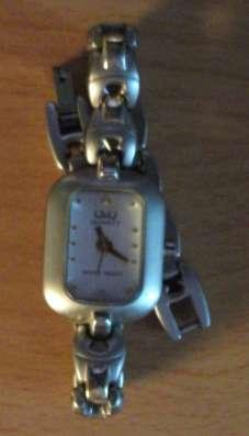 Часы женские Q&Q Q171-401