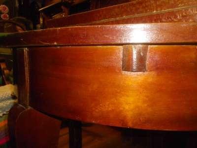 Старинный круглый стол в Москве Фото 2