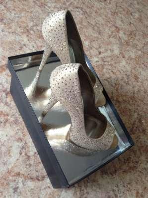 Туфли женские Италия б/у отличное состояние