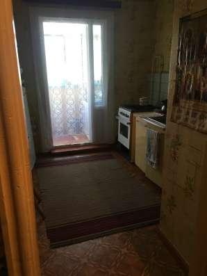 В Кропоткине по ул. Седина 3-комнатная квартира 60 кв.м. 1/5