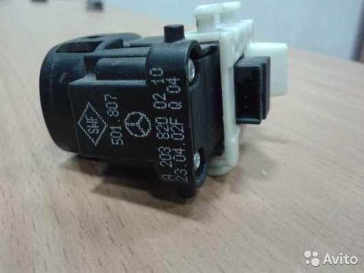 A2038200210 Кнопка стеклоподъемника Мерседес W203