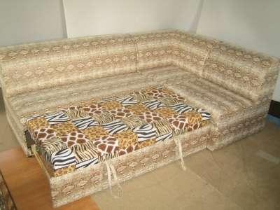Угловой диван  для кухни или офиса