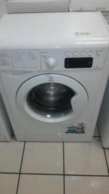 стиральную машину-автомат Indesit iwse6125