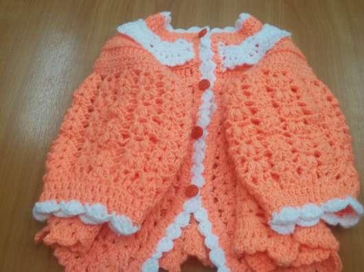 Вязаная новая одежда для детей
