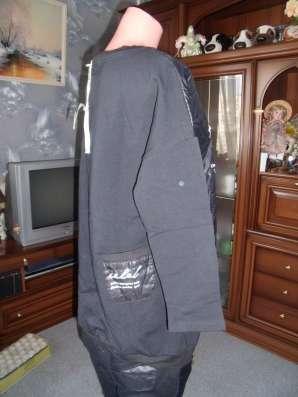 Ультрамодный шикарный новый костюм р.46
