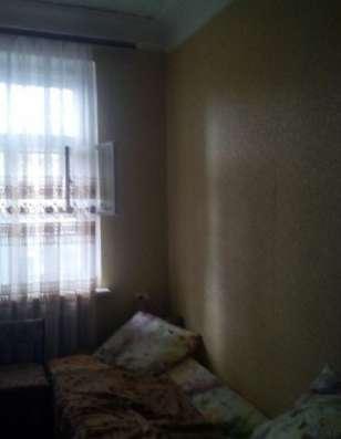 Продается комната в 3 комнатной квартире на Циолковского 5