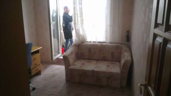 Продаю трехкомнатную квартиру на Красном