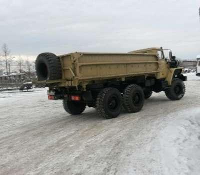 грузовой автомобиль УРАЛ 5557 сельхозник