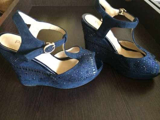 Туфли-босоножки замшевые