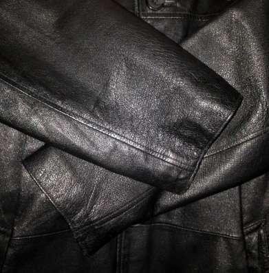 Продам мужской чёрный кожаный плащ 48р-р