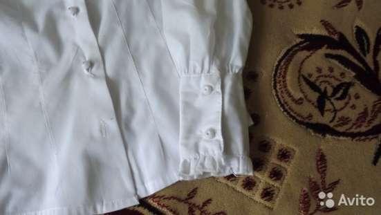 Белая блузка для школьницы в Саратове Фото 1