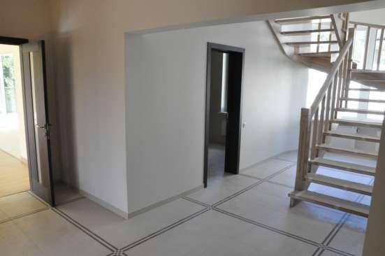 Таунхаус  271 м²  + мансарда 100 кв.м.  на  участке 3 сот.
