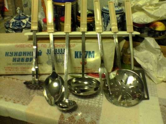 Набор для кухни: -  ложка, мялка, поварёшка