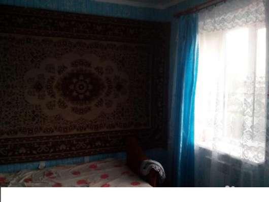 В Кавказском районе в поселке Возрождение  1/2 коттеджа 47 кв.м.
