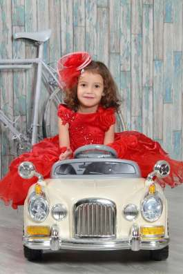 Нарядное детское платье на прокат в Екатеринбурге Фото 1