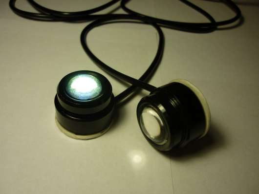 LED огни 23мм белый свет, клеевая основа
