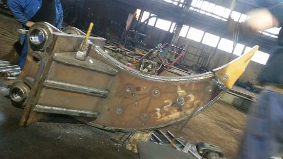 Клык-рыхлитель на JCB-290 сдаем в аренду в Астрахани Фото 1