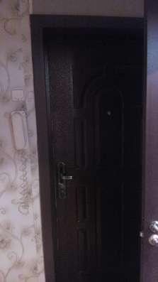 Установка входных и межкомнатных дверей в Новосибирске Фото 1