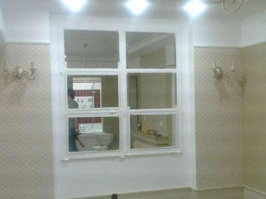 Изготовление и установка влагостойких зеркал в Москве Фото 1
