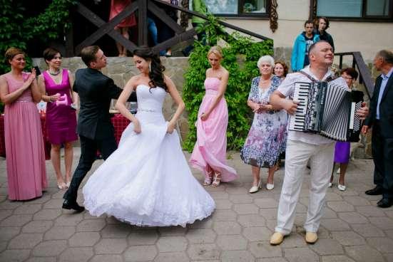 Поющий ведущий на юбилей, тамада на свадьбу, баянист. в Москве Фото 1