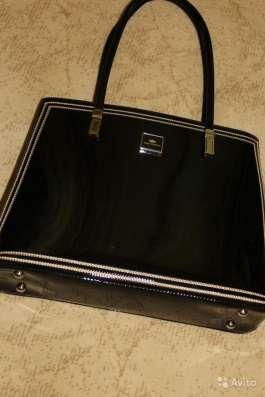 Новая лаковая кожаная сумка в Москве Фото 3