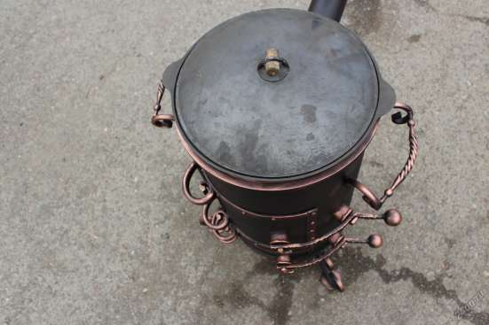 Печь под казан с трубой