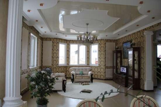 Продам красивый современный жилой 2х этажный коттедж в 40МК