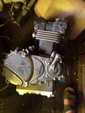 Двигатель KAWASAKI KLE 400