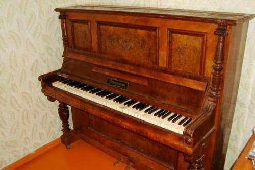 Продам пианино в Воронеже