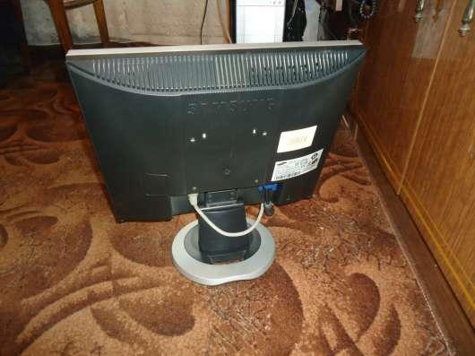 монитор 17 дюймов в Серпухове Фото 1