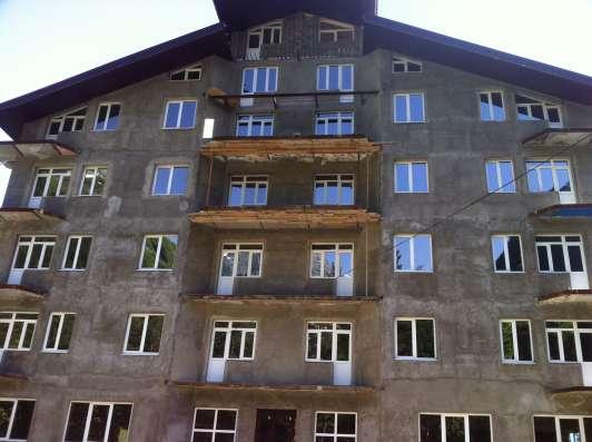 В КЧР на горно-лыжном курорте Домбай гостиница ( недострой) 2550 кв.м.