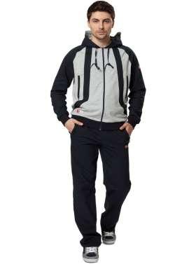 Качественный спортивный костюм