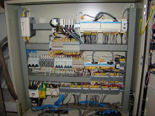 Электрик квалифицированный