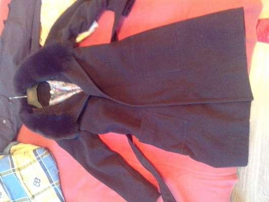продам пальто новое