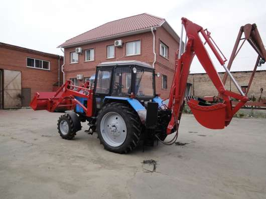 Экскаватор-погрузчик ЭО2626 на базе трактора Беларус-82 (мтз