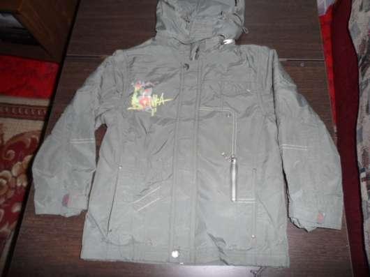 Куртка на рост 128 осень-весна