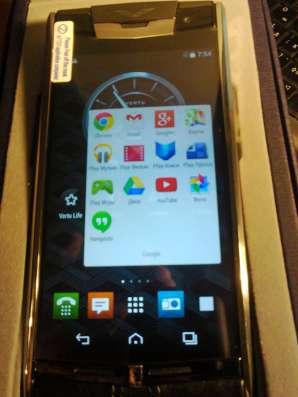 Vertu Signature Touch Claret Leather  Премиум смартфон