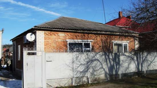 В Кропоткине по ул.Красноармейской домовладение из двух домо в Краснодаре Фото 1