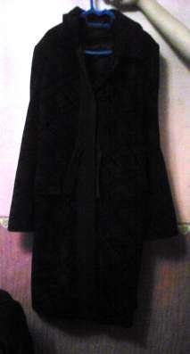 женское пальто для теплой осени