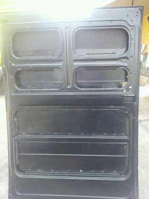 Продается раздвижная боковая дверь на Citroen