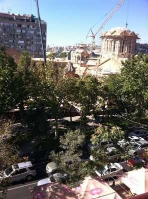 Посуточно квартира класса Luxe, ul Abovyana ,''ANI'' plaza в г. Ереван Фото 3