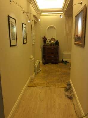 Предлагается к сдаче шикарная двухуровневая квартира в Москве Фото 2