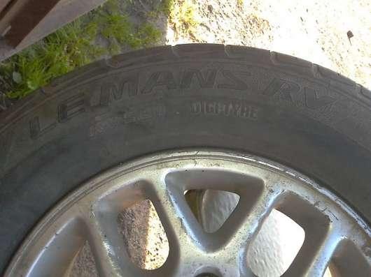 Диски с Резиной Nissan Elgrand 205/70/R15 + Запаска в Владивостоке Фото 3
