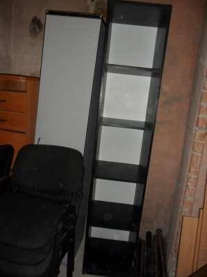 Офисная мебель в хорошем состоянии в Екатеринбурге Фото 1