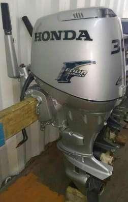 Продам отличный лодочный мотор HONDA BF30, контрактный