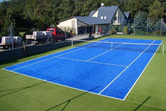 Строительство теннисного корта – наливное резиновое покрытие