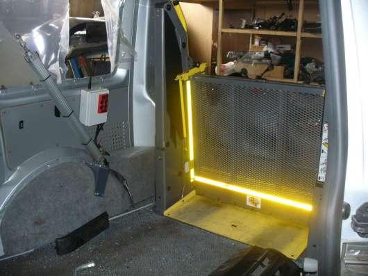 Подъёмник электро-гидравлический для инвалидов-колясочников в Москве Фото 2